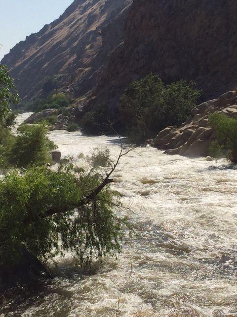 Isabella Lake brimming with water, highlighting dam risks