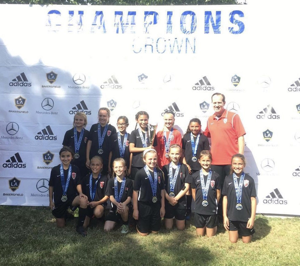 South Valley Thunder Soccer club girls u10 win tournament