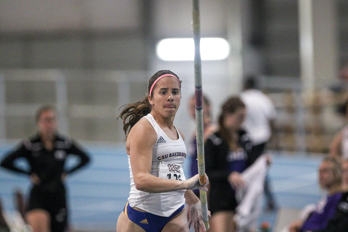 Julianne Finch CSUB Indoor Track