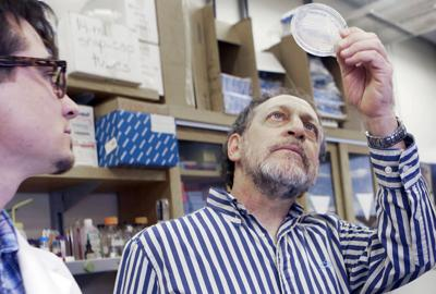 022215-news-developingvaccine-p3