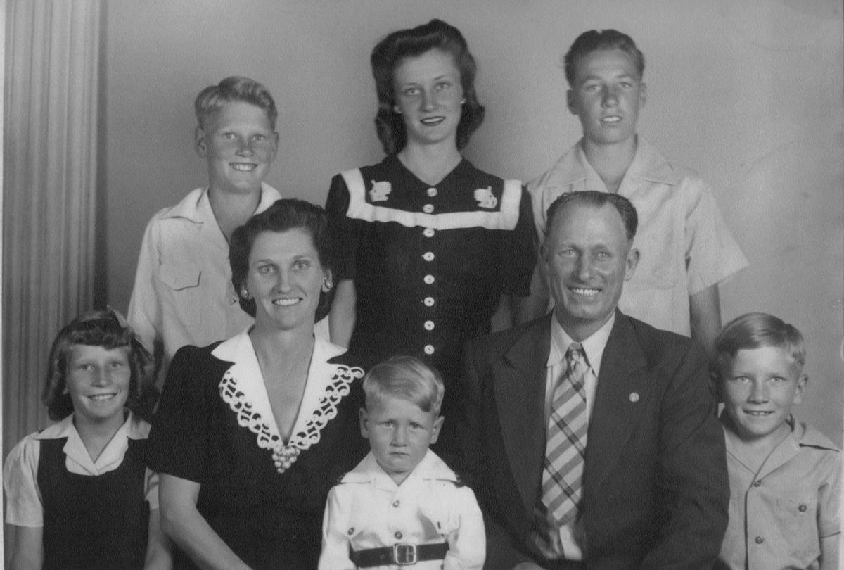 The Maxwell family in 1945