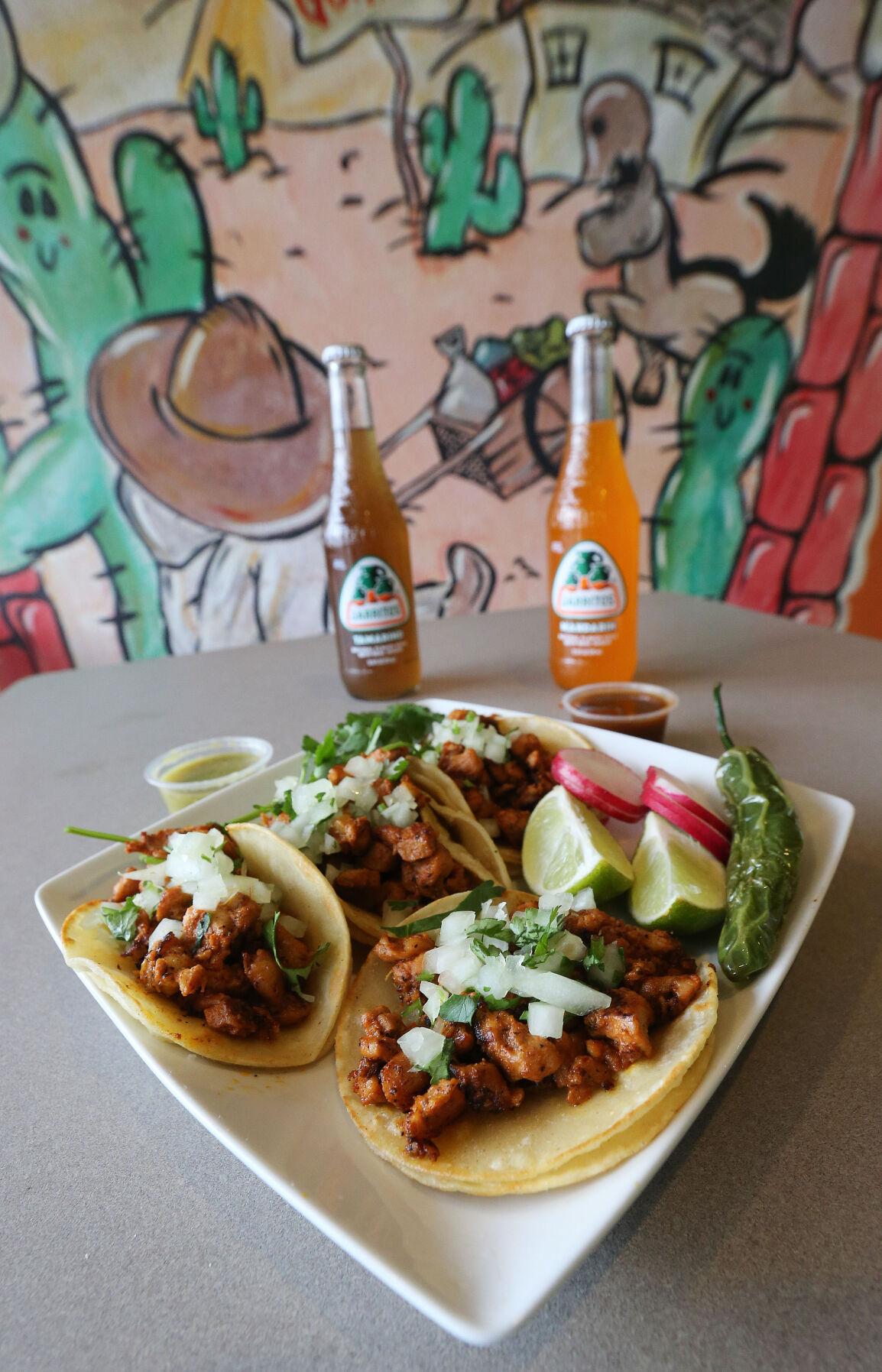 20210124-bc-Guapos taco plate