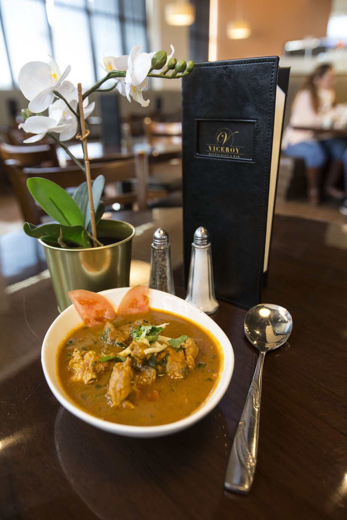 Viceroy curry chicken