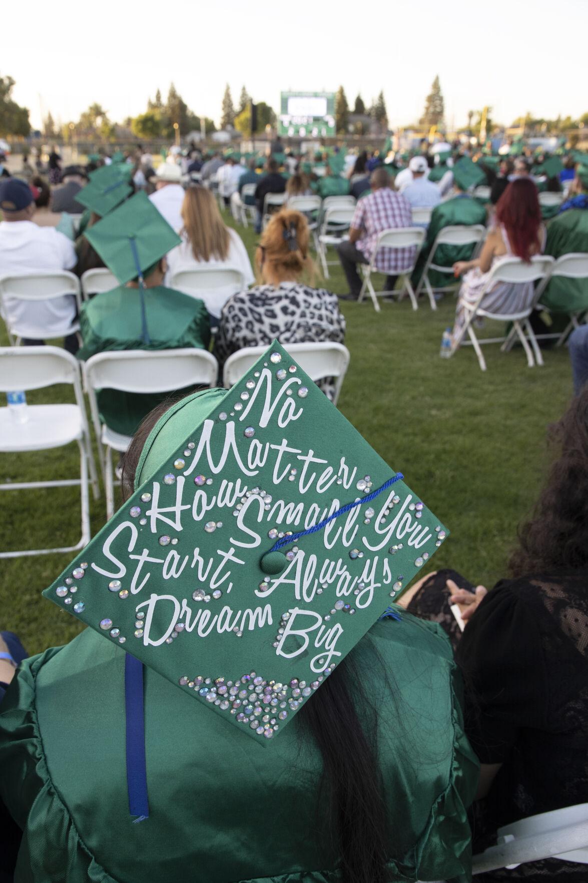 HHS Graduaton 0071