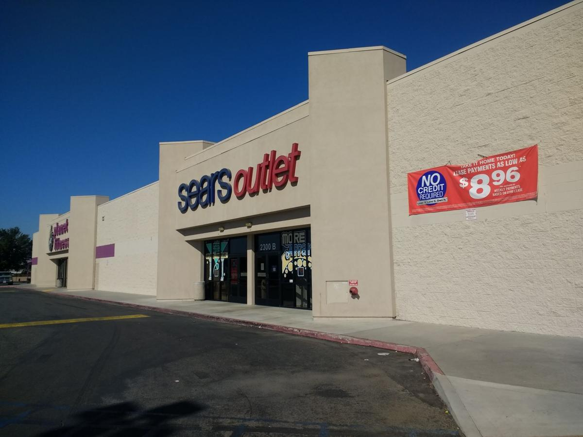 Filled With The Kind Of Liances And Home Goods You Might Find At Sears S Outlet Along White Lane Near Highway 99 Operates Independently