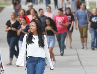 Bakersfield College Begins A New School Year5