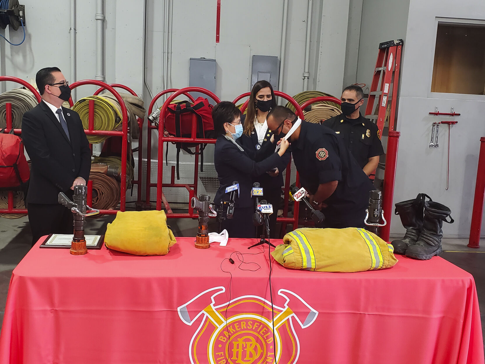 Bakersfield Fire Department hosts sister city department from Mexico