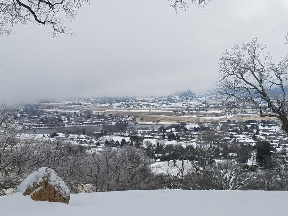 snow tyl