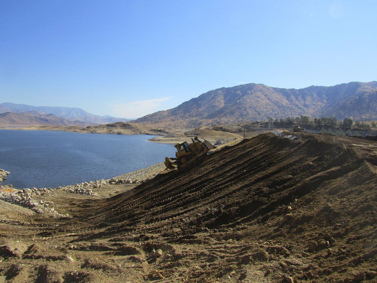 Isabella Dam-3