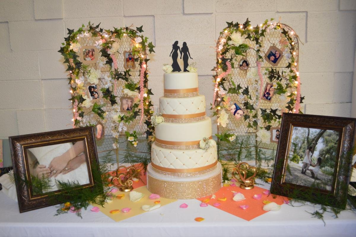 bakersfield wedding cakes same got tastries wedding cake learned later 11026