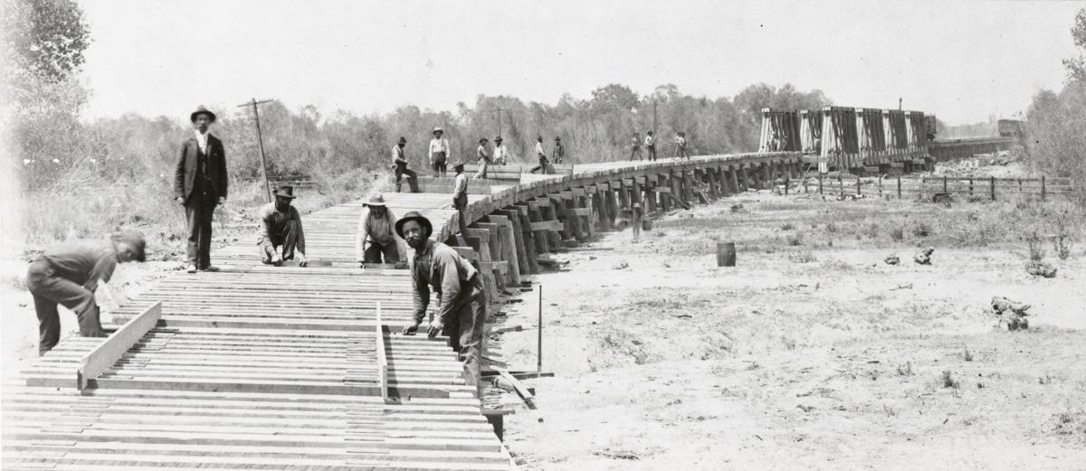 Building the bridge over the Kern River - SFSJV RR, circa 1898.jpg