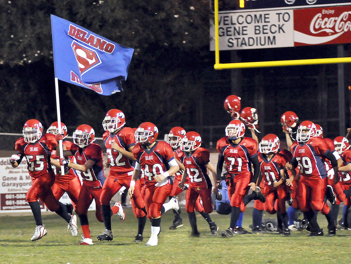 Delano Stallions Football Team Continues Tradition Of Excellence The Delano Record Bakersfield Com