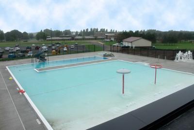 Pool opening pushed back