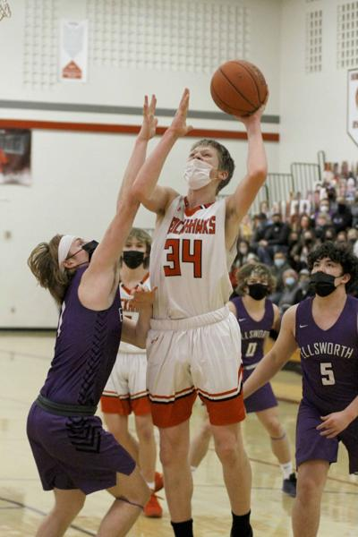 Fouls doom Blackhawks boys hoops against Ellsworth