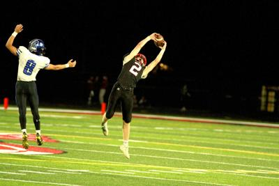 Blackhawks make it a memorable Homecoming, downing SCC