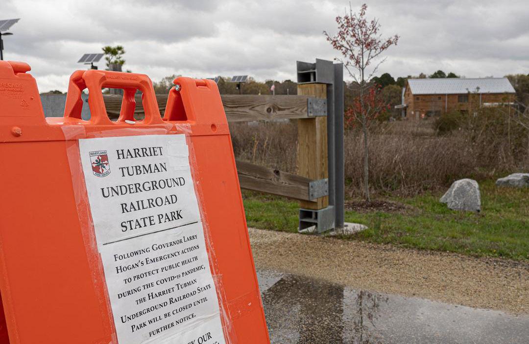 Tubman site closure sign