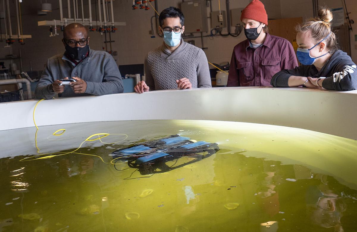 Testing an underwater drone for oyster reefs