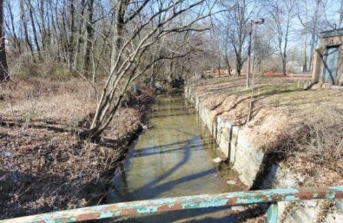 Watts Branch pre-restoration