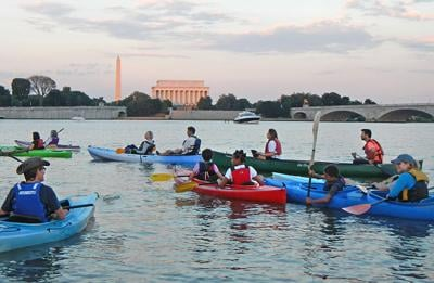 Paddle group by DC monuments
