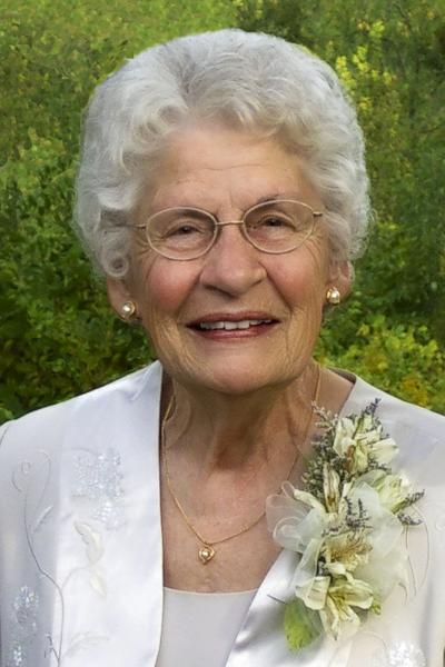 """Marjorie R. """"Midge"""" (DeCook) Hipschen, 95"""