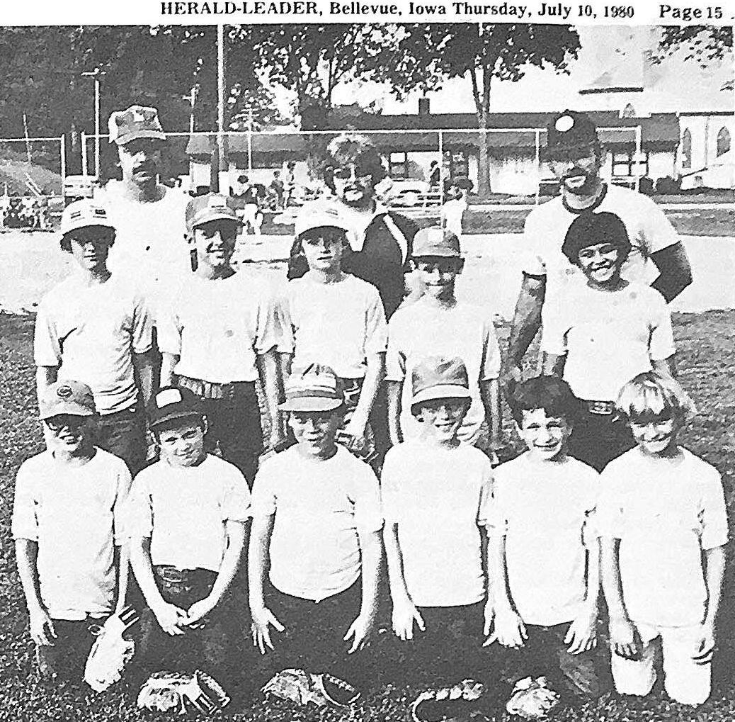 peewee champs 1980.JPG