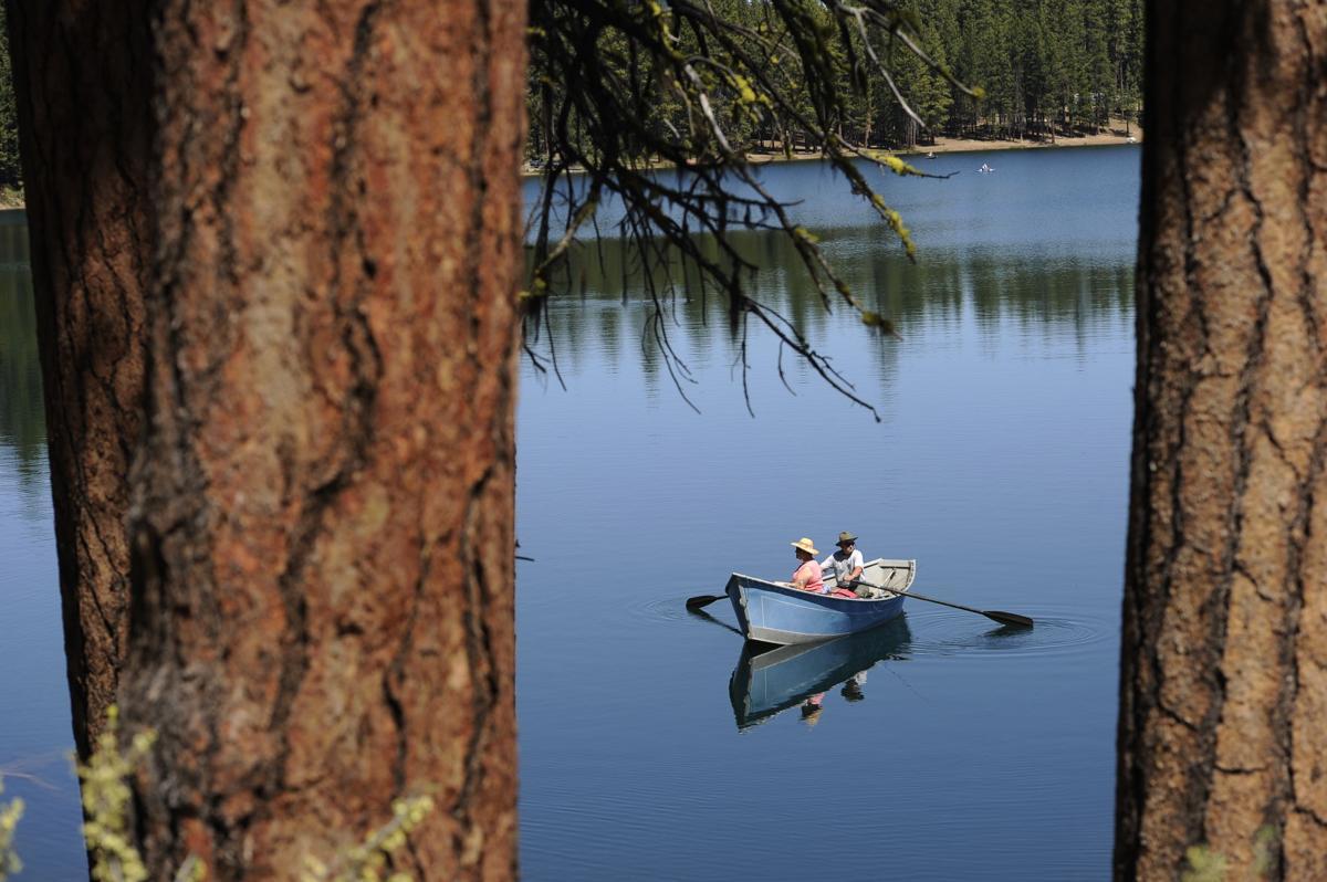 Snapshot | fishing south twin lake