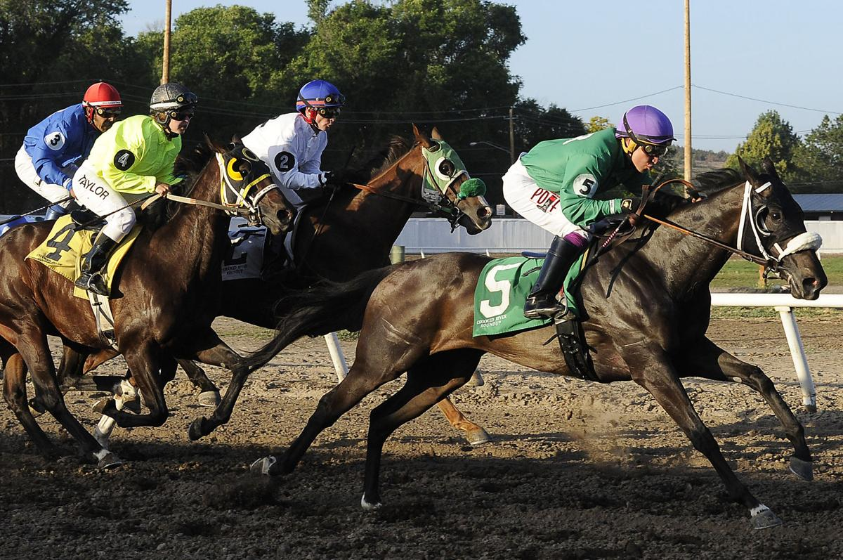 Crooked River Roundup brings classic horse racing fun to Prineville