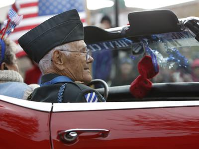 Bend's Bob Maxwell, nation's oldest Medal of Honor recipient, dies