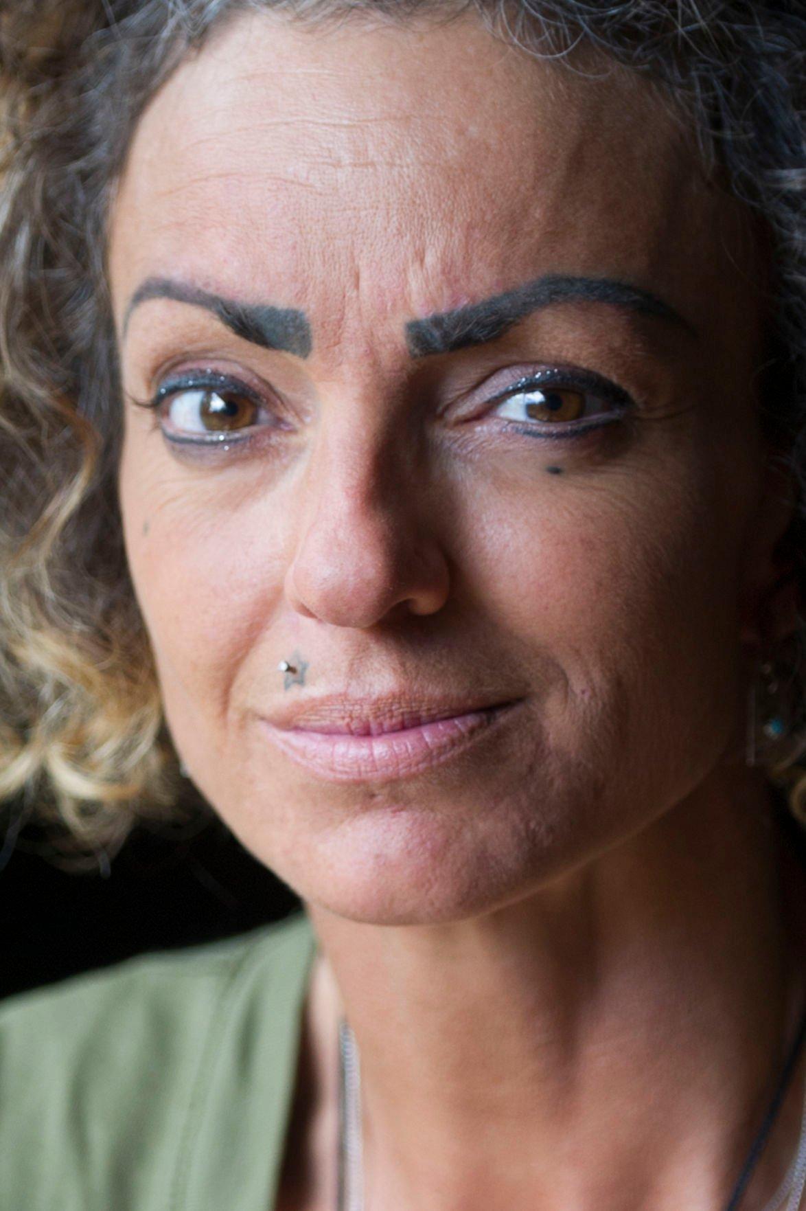 Bend Woman Sues Permanent Makeup Artist