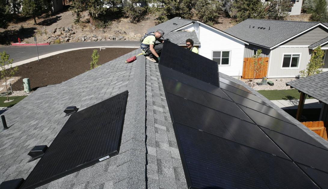 Bend residents warming up to the idea of rooftop solar panels