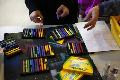 Elk Meadow students get lessons in art