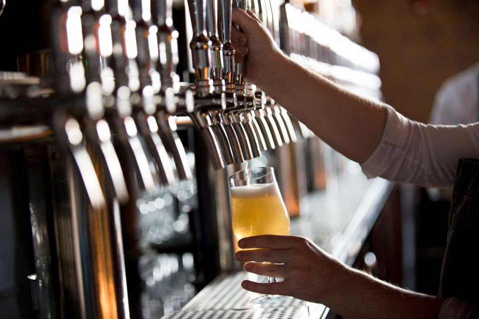 Firm ranks Bend third in U.S. for breweries per capita