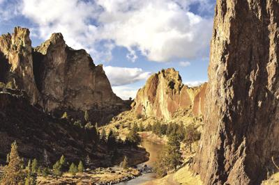 Hiker slips off trail, dies at Smith Rock State Park