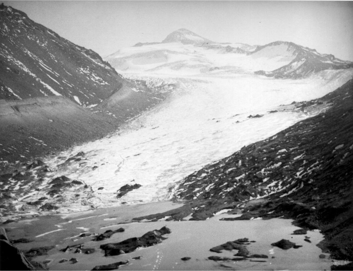 RH-Keen-Glacier-view-1934.jpg
