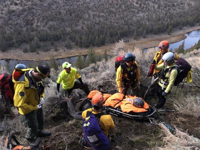 2 hikers injured after fall in Crooked River Canyon