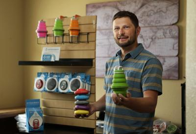 Hydaway founder improves collapsible bottle