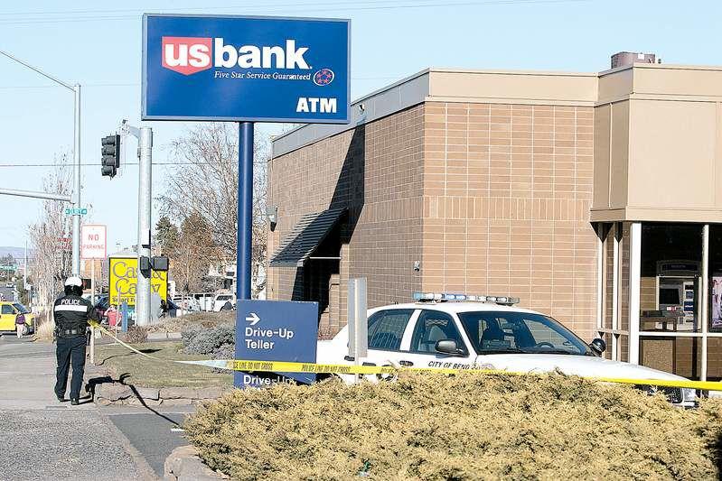 Man ID'd in bank heist
