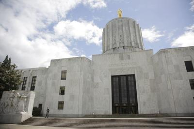Oregon owes benefits to tens of thousands of unemployed workers, many of whom have been waiting for months. Stephanie Yao Long/Staff LC- The Oregonian (copy)