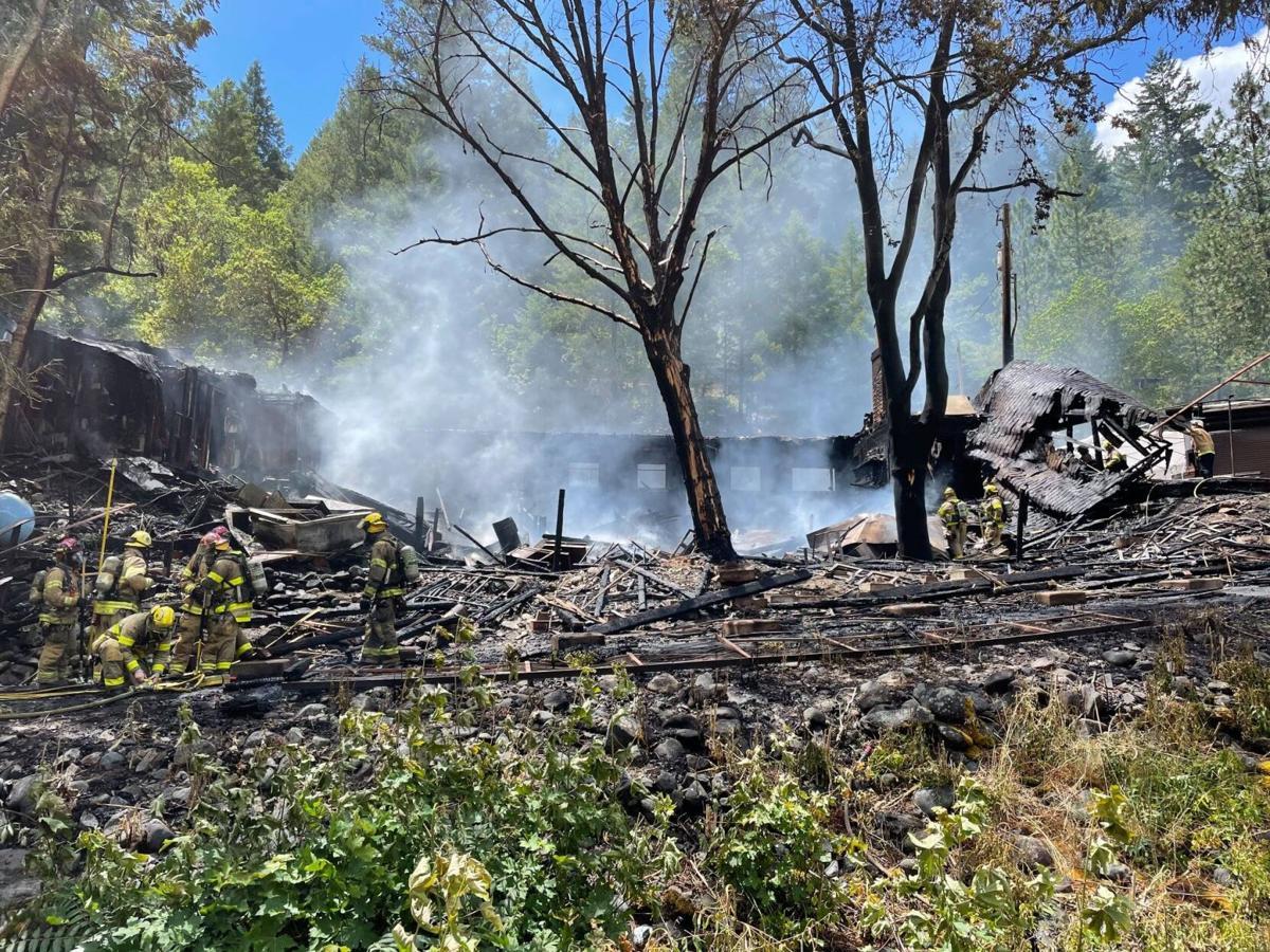 Galice resort fire 2.jpg