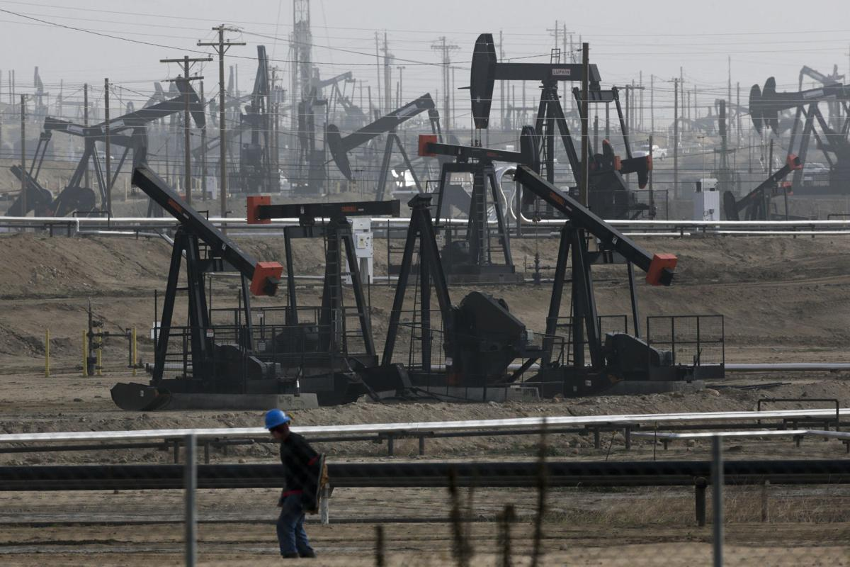 Biden halts oil and gas leases, permits on US land and water   Ap    bendbulletin.com