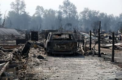 US-NEWS-OREGON-WILDFIRES-DESTROYED-AT-LEAST-3-PO.jpg