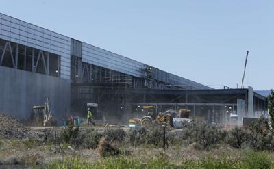 Facebook data center construction