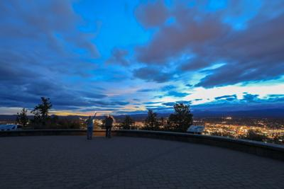 Panorama, as seen from Bend from Pilot Butte Neighborhood Park, Oregon
