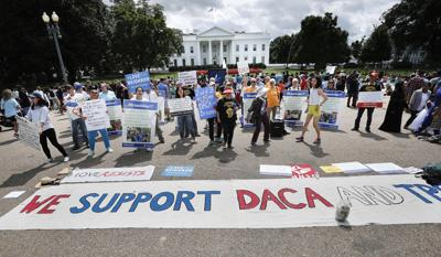 Trump's plan for 'Dreamers' would pass hot potato to Congress (copy)