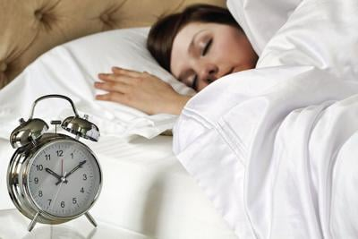 A few extra winks: People who sleep in on weekends avoid dying young