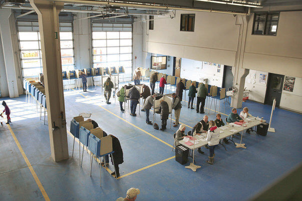 Voters again reject idea of a mayor