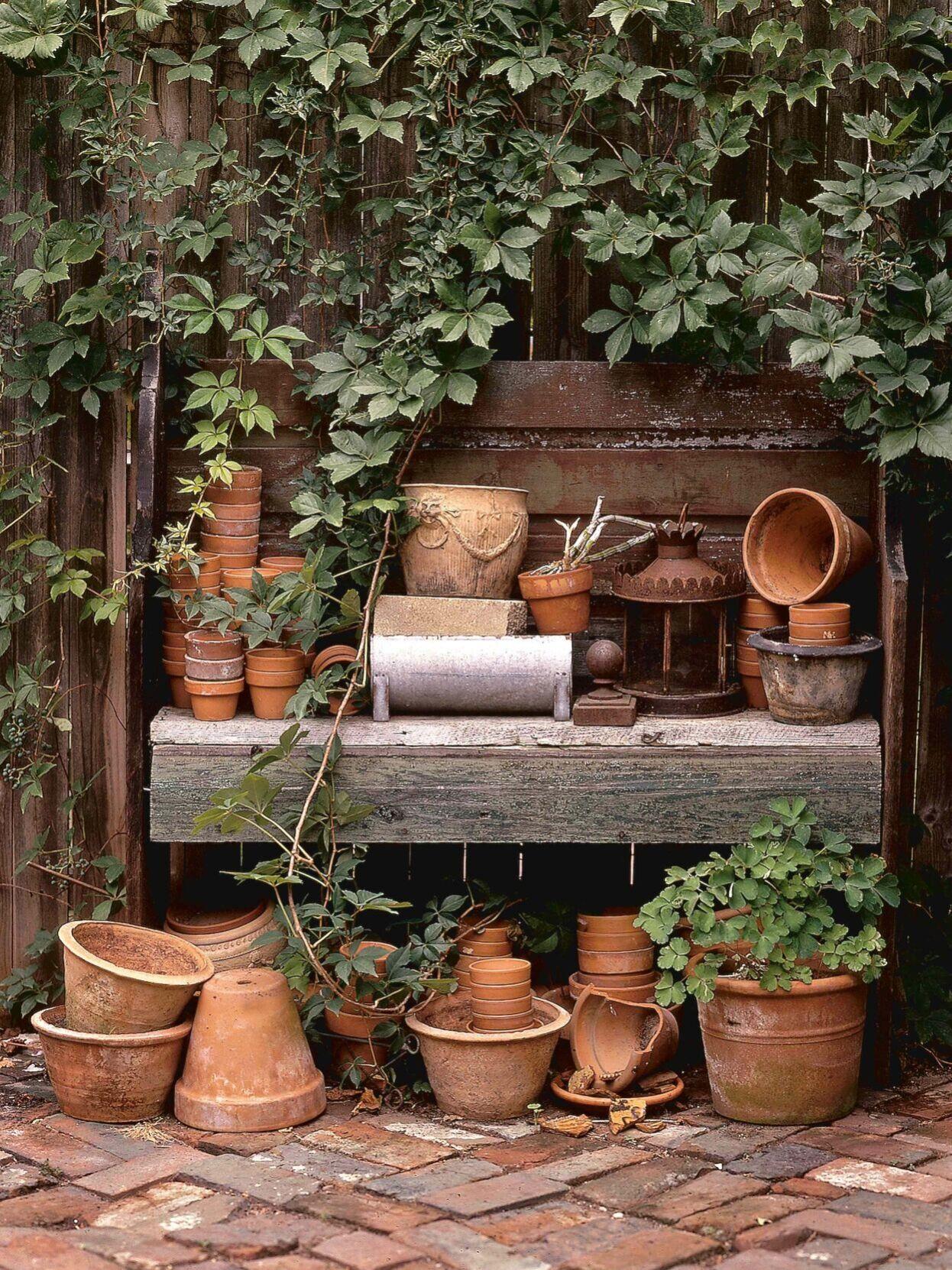 Gardening pots from THE NEW    HEIRLOOM GARDEN (photo credit Matthew  Benson).jpg