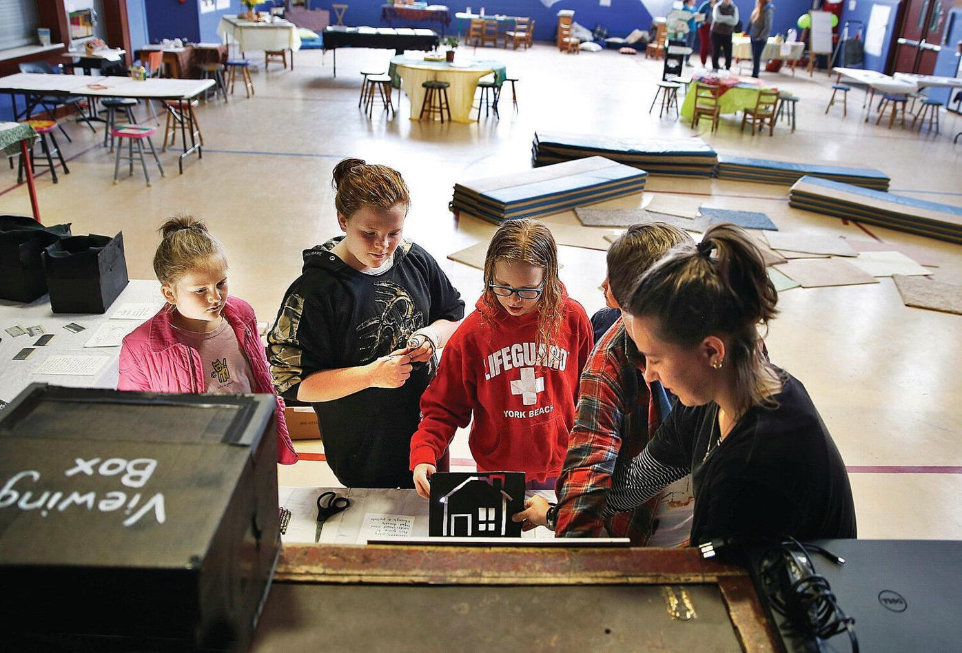 School gym becomes pop-up science museum