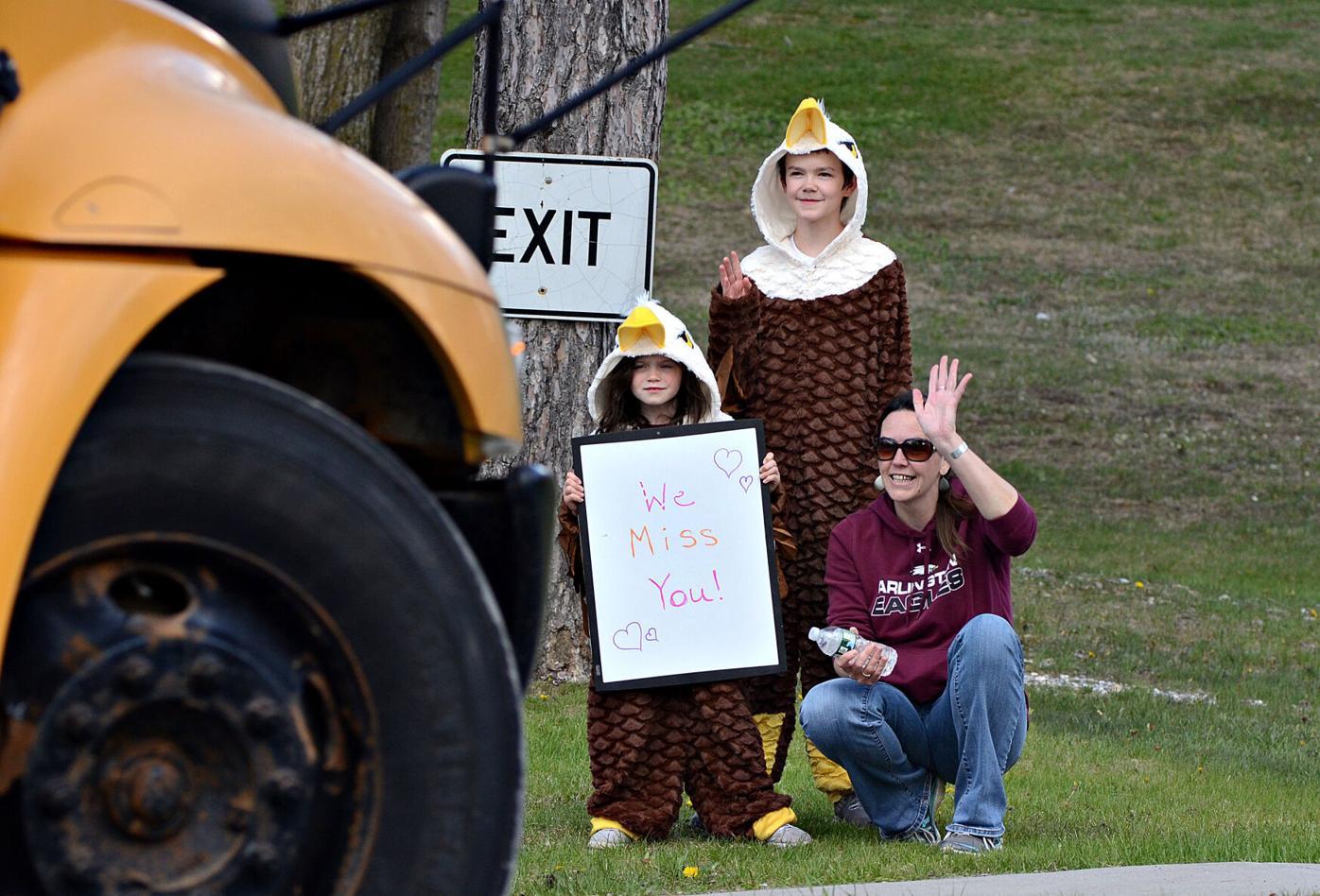 Arlington teachers parade