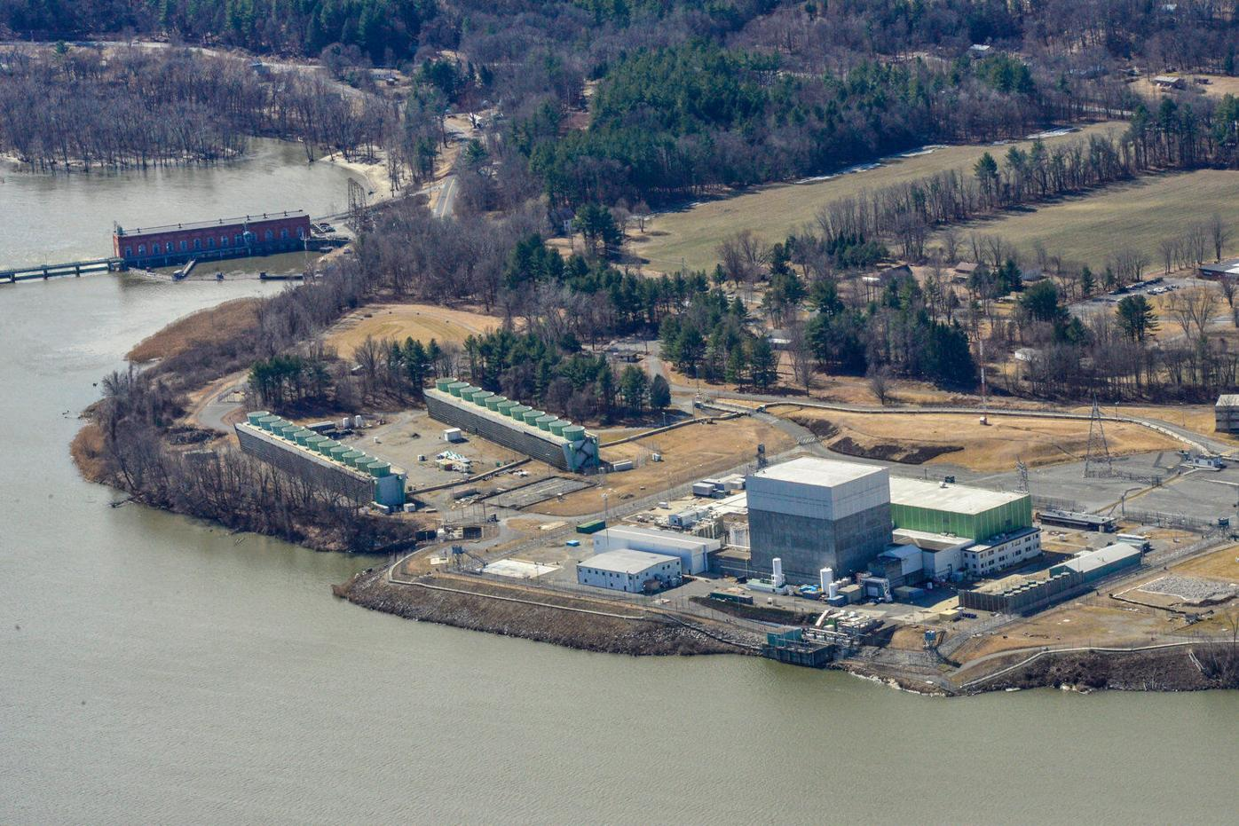 Proposed nuclear decommissioning bill carries big bonus for Vernon
